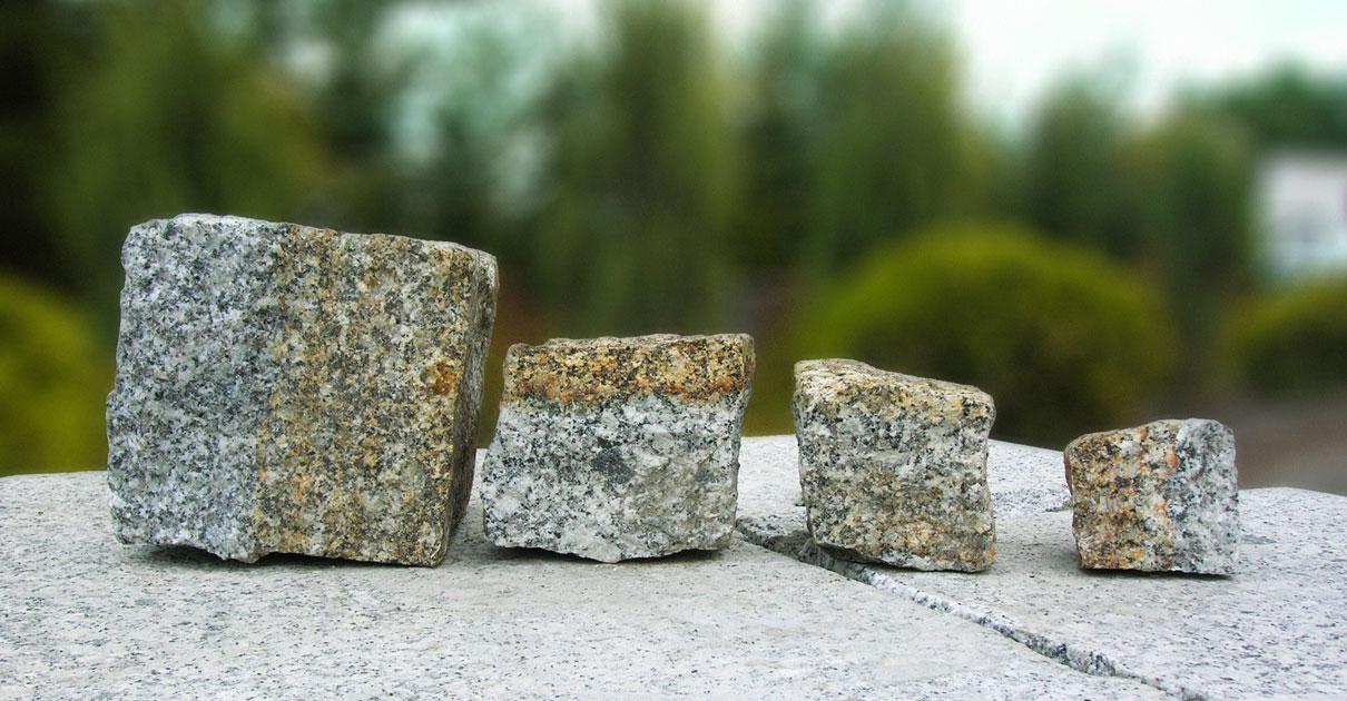 Kostki granitowe białe